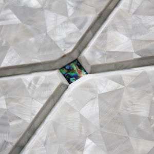 Freshwater Shell and Abalone Rhombus Mosaic Tile pictures & photos