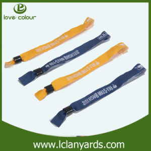 Custom Festival Event Bands Cloth Fabric Woven Wristband with Lock pictures & photos