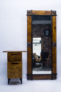 Solid Wood Beauty Working Cheap Hair Salon Mirror Station pictures & photos