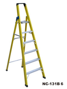 Durable Single Side Fiberglass Step Ladder with Tools Holder (NC-131B6)
