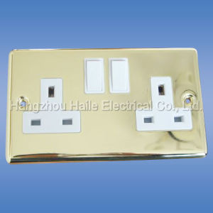 Double Switched Socket (UK Standard) pictures & photos