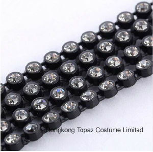 Ss6 A Grade Clear Glass Crystal 2mm Rhinestone Black Plastic Cup Banding Trim Setting Chain pictures & photos