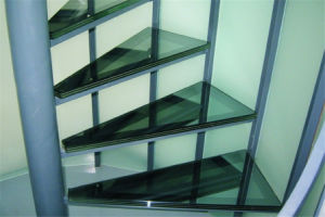 10mm Clear Tempered Glass+1.52mm PVB or Sgp Interlayer +10mm Clear Tempered Laminated Stairs Glass pictures & photos