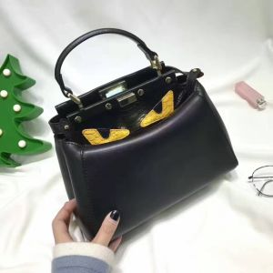Wholesale Spot Fashion Brand Leather Shoulder Bag pictures & photos