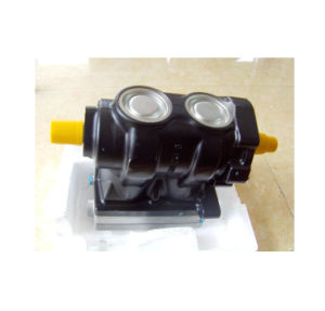 Sinotruck HOWO Shacman Truck Spare Parts Single Cylinder Air Compressor pictures & photos