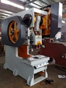 J23-15ton Mechanical Power Press, 15 Ton Capacity Power Press, Flywheel Mechanical Press pictures & photos