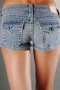 Lady Short Jeans pictures & photos