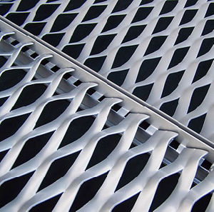 Factory Expanded Metal for Fence pictures & photos