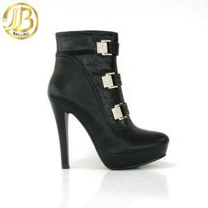 womens-high-heel-shoes-photo-by-gazzat.jpg