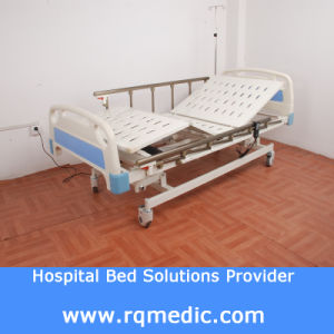 Linak Motor (CE, ISO) Three-Function Electric Medical Bed pictures & photos