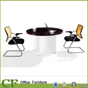Small Round Metal Leg Discussion Meeting Table for Meeting Room pictures & photos
