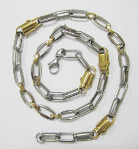 Wholesale Stainless Steel Chain, Stainless Steel Necklace with Gold Plating pictures & photos