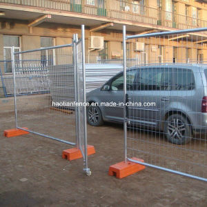 Hot DIP Galvanized Welded Wire Fence Panels Factory pictures & photos