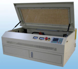 Desktop Mini CO2 Laser Cutting Machine FL6040d pictures & photos