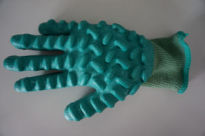 Anti-Vibration Cotton Shell with Latex Coated Safety Work Glove (L8000) pictures & photos
