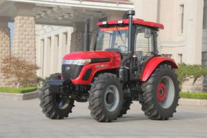 130HP Agriculture Tractor pictures & photos