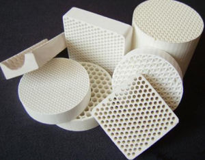 Industry Ceramic Honeycomb Filter (Cordierite, Mullite, Alundum mullite) pictures & photos