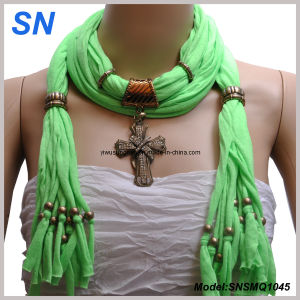 2014 Lady′s Jesery Material Pendant Scarf pictures & photos