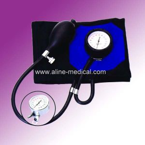 CE/ISO Arm Type Aneroid Sphygmomanometer (Ma10) pictures & photos