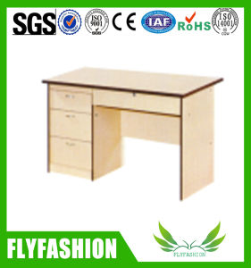 Hot Sale School Other Furniture Computer Desk (SF-05T) pictures & photos