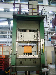 The Stainless Steel Water Trough Tensile Hydraulic Press pictures & photos