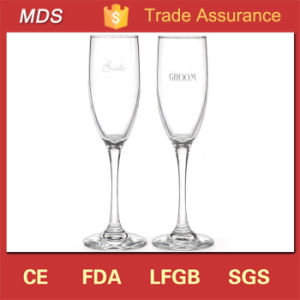 Hot Sales DIY Wedding OEM Champagne Glasses with Snow Globe pictures & photos