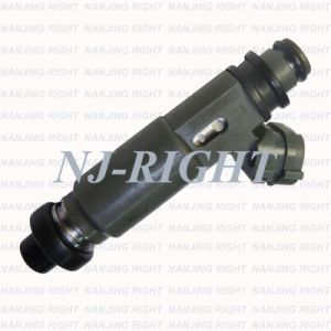 Fuel Injector 195500-3110 for Mazda Protege pictures & photos