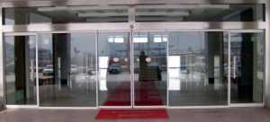 Profession Supplier of Automatic Glass Sliding Doors (DS100) pictures & photos