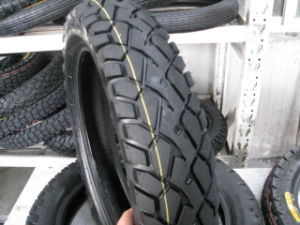Motorcycle Tire Cross-Country 110/90-16 pictures & photos