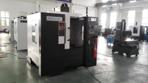 Xh714 High Quanlity Bed Type CNC Universal Milling Machine pictures & photos