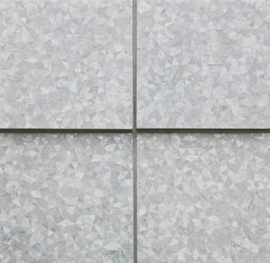 Luxury Design Natural Color Mother of Pearl Shell Mosaic Tile pictures & photos