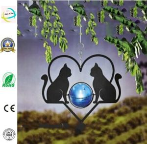 Country Metal Hanging Cats Heart Solar Garden Light pictures & photos