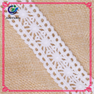 Chemical Flower Lace Water Soluble Lace Flower Design for Dress pictures & photos
