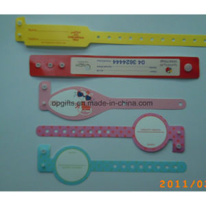 Disposable One-Time ID Wristbands/ID Bracelets/Tyvek Wristbands pictures & photos