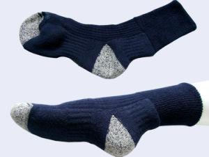 Men Sport Outdoor Coolmax Socks pictures & photos