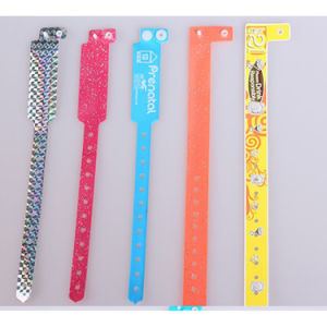 One Time Use PVC Wristband/Vinyl Bracelet pictures & photos