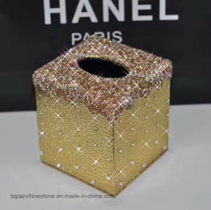 2017 New Fashion Crystal Diamond Tissue Box Rhinestone Diamond Tissue Holder for Car Decoration (TBB-Square 022) pictures & photos