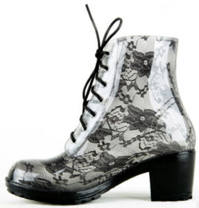 Martin Boots Ladies Fashion Lace Rain Boots with PVC pictures & photos