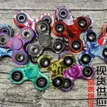 High Quality and Best Price LED Hand Spinner Factory pictures & photos