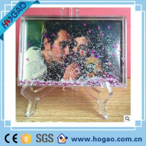 Manufactures Acrylic Photo Snow Globe Apple Shape Water Ball pictures & photos