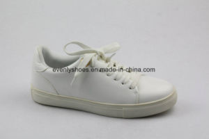 Lace up Comfort Design Lady Shoes for Casual pictures & photos