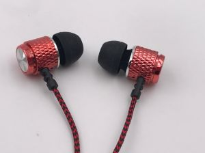 Various Colors of MP3 Earphones pictures & photos