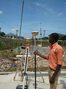 Sout S82t Rtk Gnss Receiver Surveying System for Cadastre & Construction Surveying pictures & photos