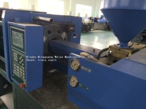 Cheap Price Automatic 120ton Injection Molding Machine pictures & photos
