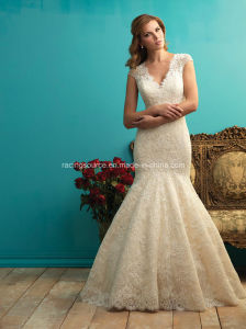 Ivory Sleeveless Lace Wedding Gown See Through Bridal Dress pictures & photos