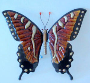 Flexible and with High Hardness Fashion Butterfly Metal Craft pictures & photos