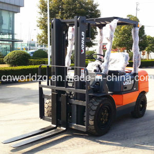 4WD Forklift with Loading Capacity 3ton to 5ton pictures & photos