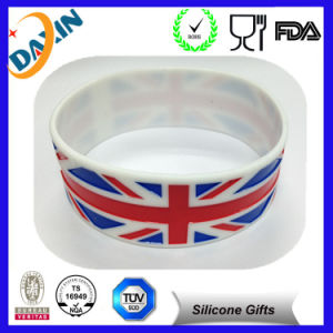 Professional Cheap Custom Silicone Wristband pictures & photos