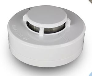 24V 4 Wire Smoke Detector for Hotel or Supermarket Fire Safety pictures & photos