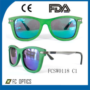 Custom UV400 Brown Polarized Wooden Sunglasses for Wholesale pictures & photos